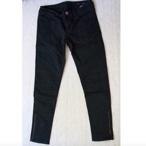 AE ribbed jeans